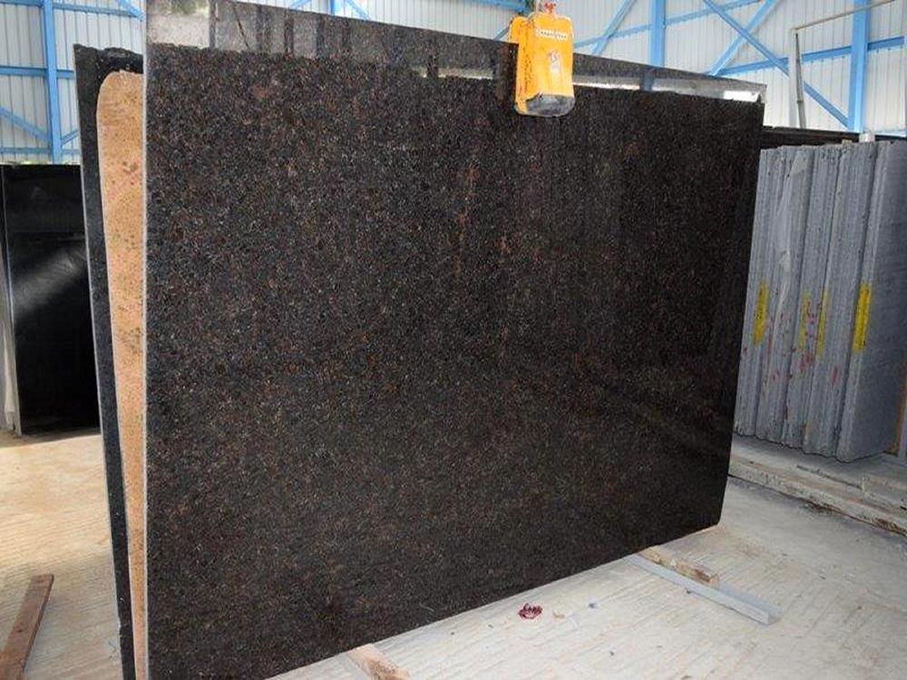 Tan Brown Granite Polished Slab Image